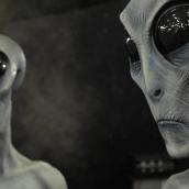 Governo paralelo e o poder alienígena