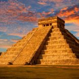 Zigurats / Pirâmide / Transmutação
